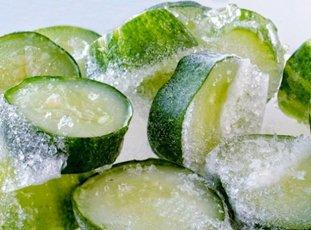 Как заморозить огурцы на зиму в домашних условиях