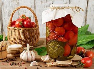 Как солить помидоры на зиму в банках: рецепты домашних заготовок
