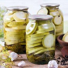 Маринованные кабачки: 5 оригинальных рецептов на зиму