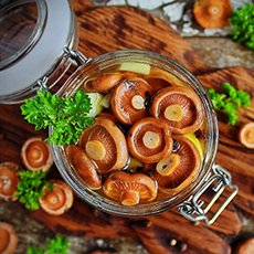 Как мариновать рыжики на зиму в банках: простые рецепты заготовки грибов