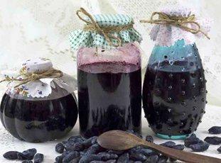 Варенье из жимолости: пошаговые рецепты зимних заготовок